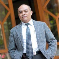 Dr Anas Hidayat